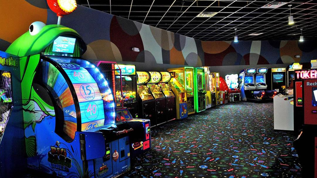 Stockbridge, GA Bowling Alley - Pin Strikes Entertainment Center