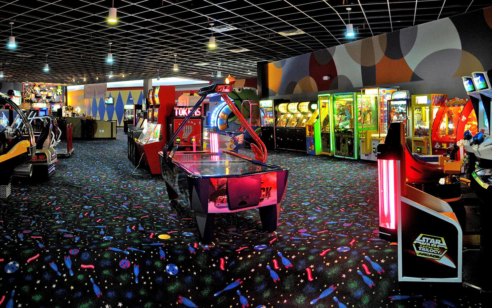 Modern Stockbridge Ga Entertainment Center Pin Strikes 9